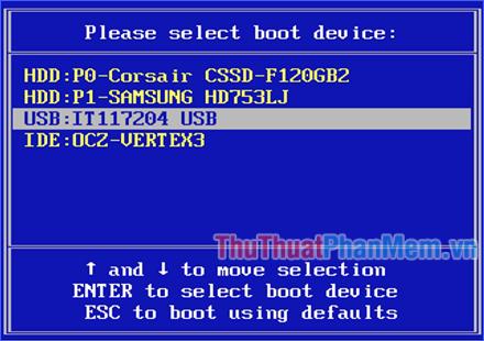 Chọn đến thiết bị USB boot, rồi ấn Enter