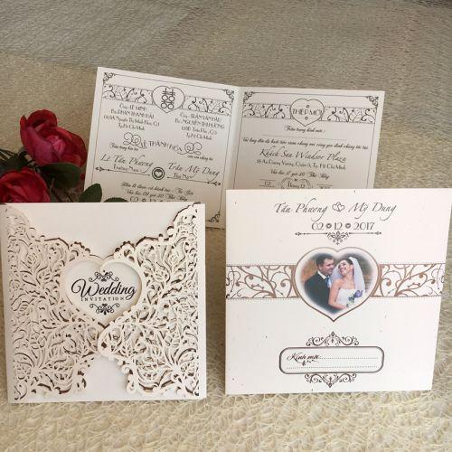 Những mẫu thiệp cưới tuy đơn giản mà đẹp