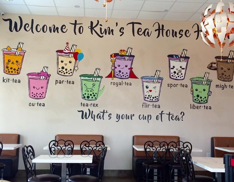 Tranh tường quán trà sữa độc đáo