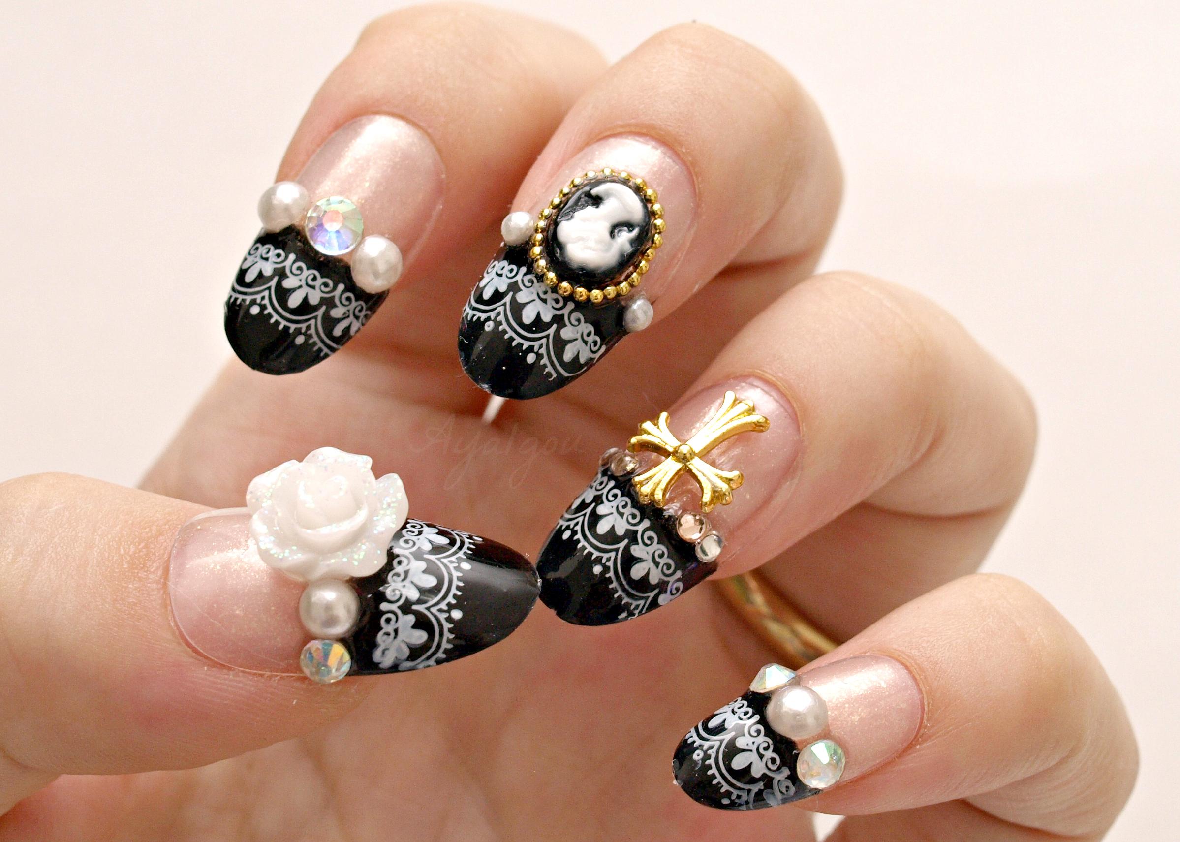 Những mẫu nail đính đá đẹp