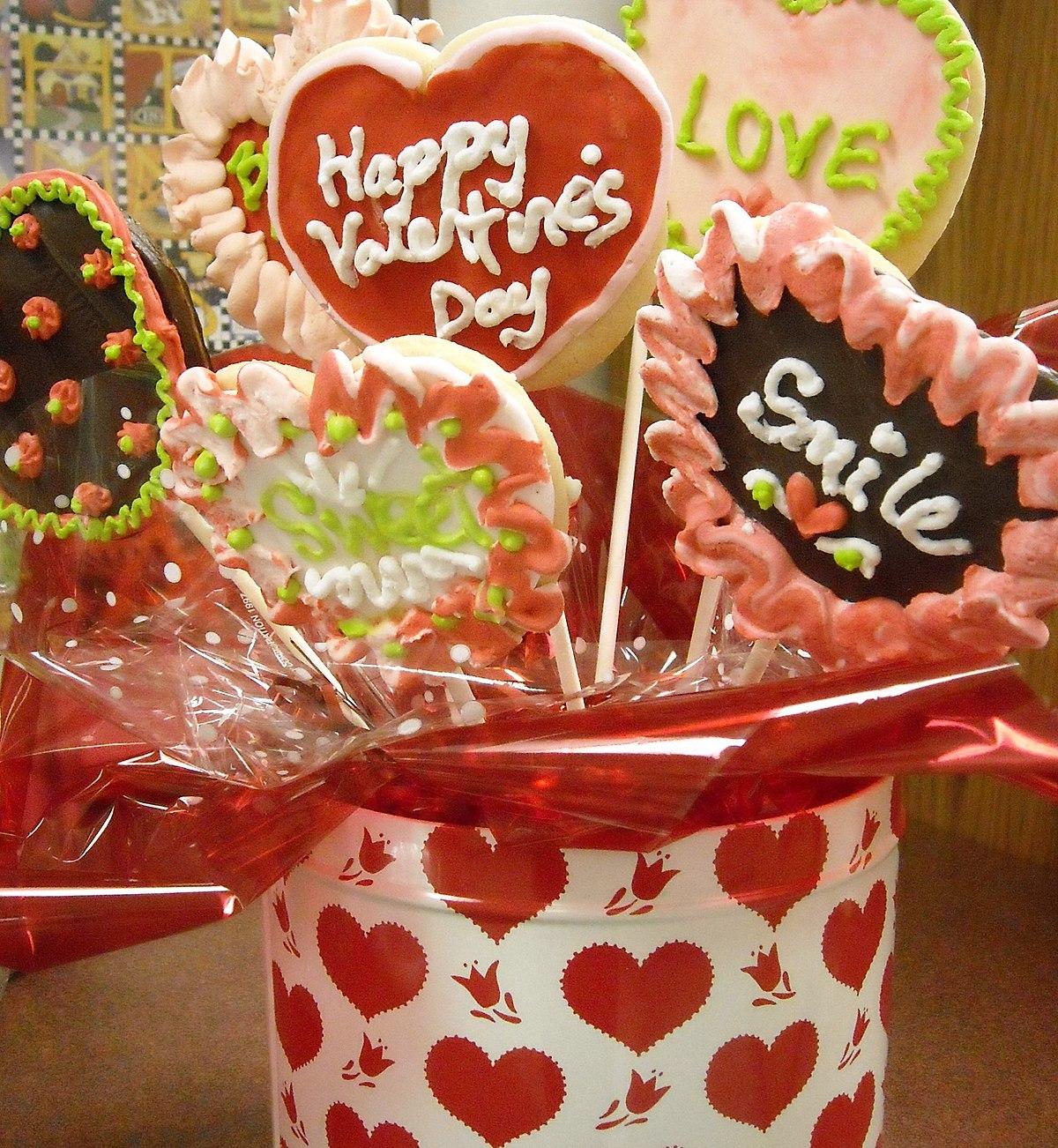 Chọn hoa đẹp để gửi lời chúc Valentine thêm ngọt ngào ý nghĩa