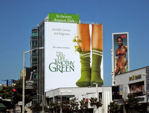 Băng rôn quảng cáo tòa nhà