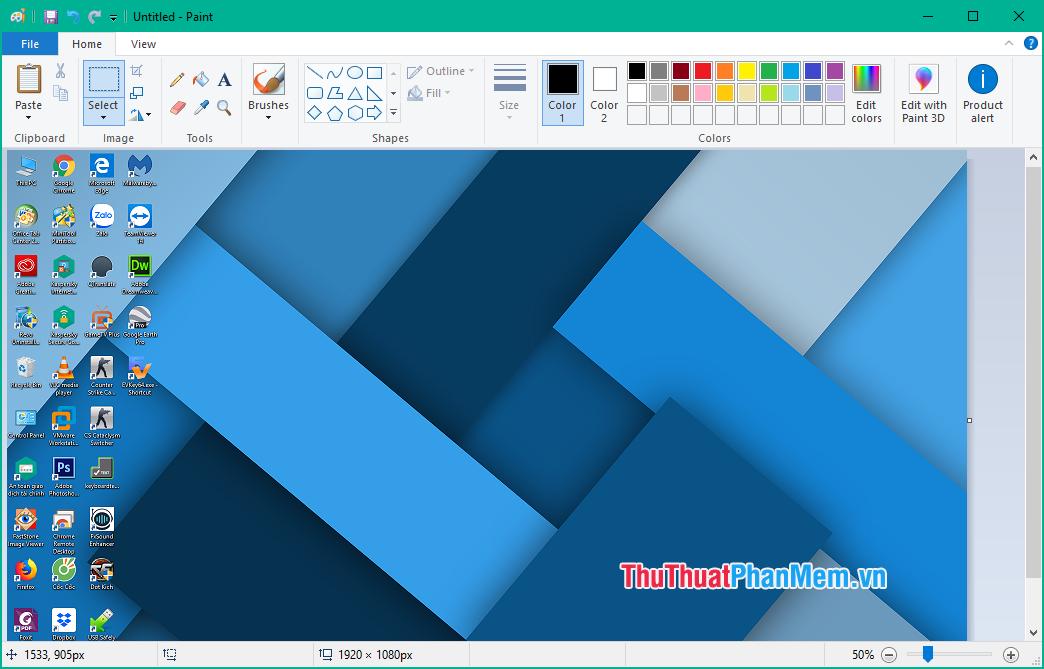 Mở ứng dụng Paint và nhấn Ctrl + V để paste bức ảnh