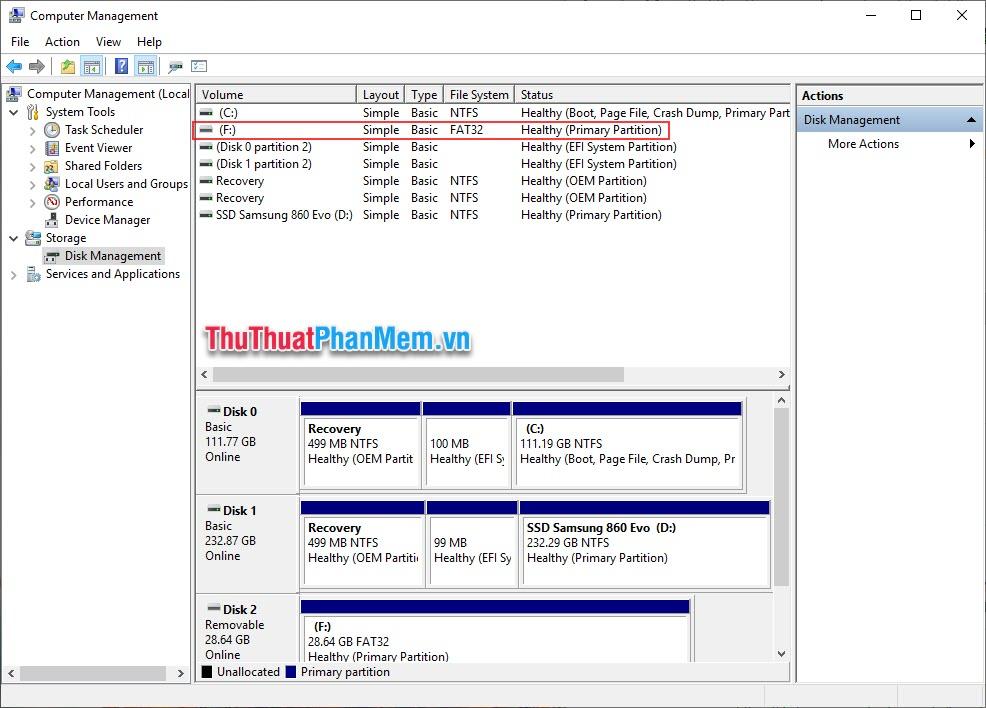 Chọn phần Disk Management, sau đó xác định ổ USB cần được format