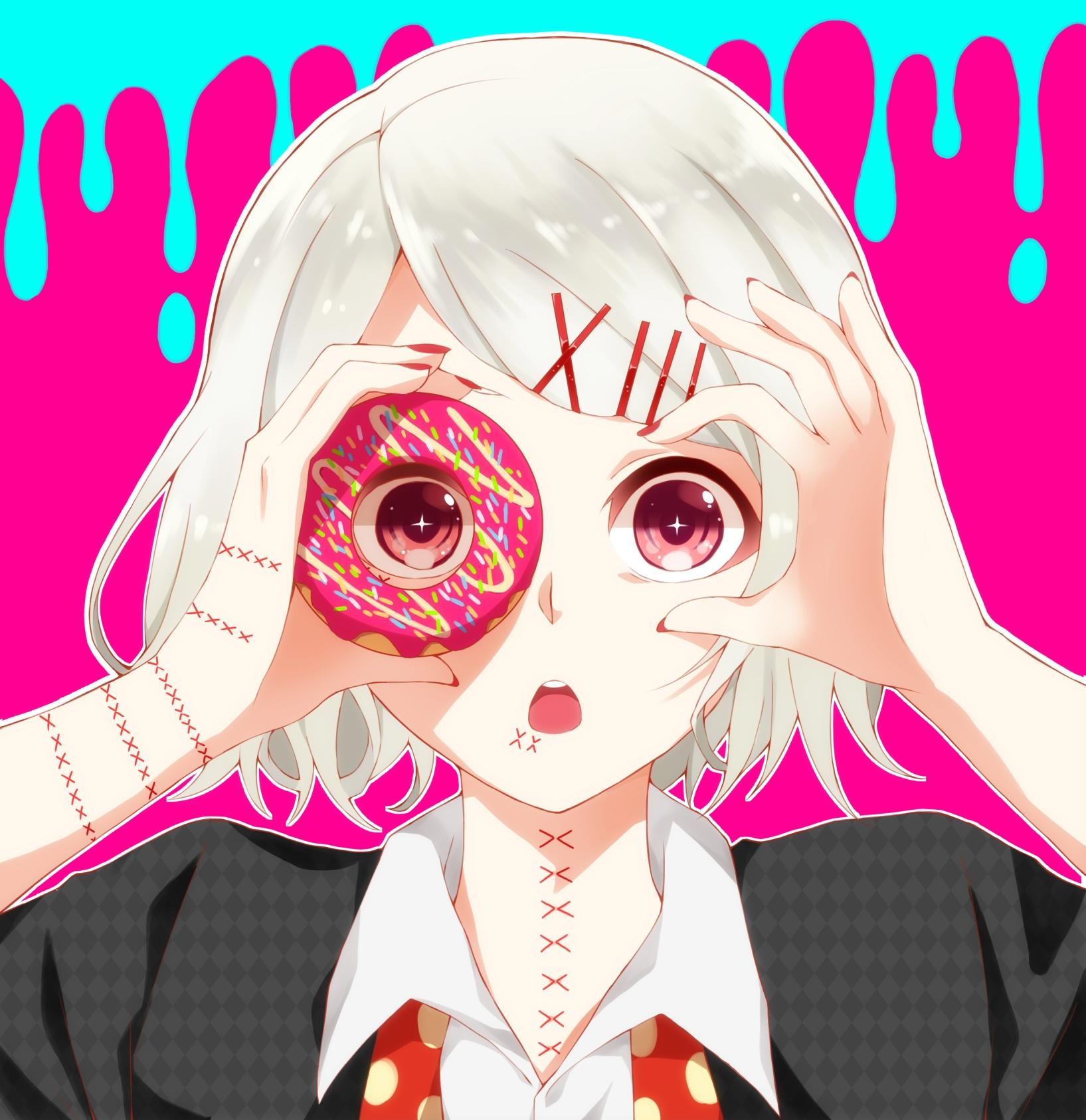 Ảnh anime Suzuya trong Tokyo Ghoul đáng yêu với cái bánh donut hồng