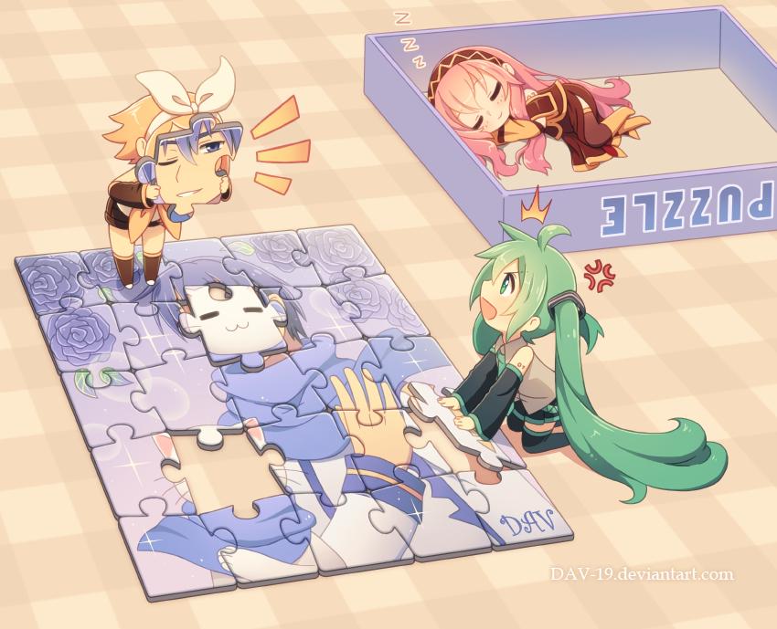 Ảnh anime Vocaloid Rin và Miku đáng yêu khi chơi lắp ghép