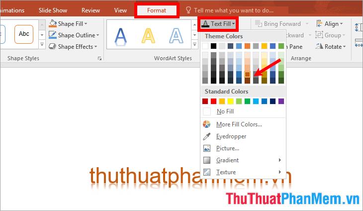 Chọn Format → Text Fill → chọn màu chữ