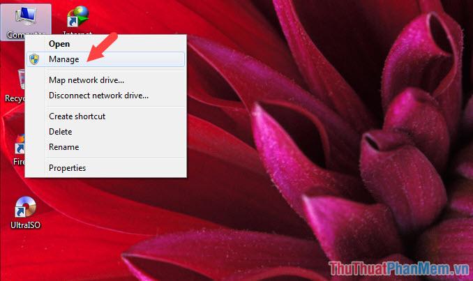 Click chuột phải vào biểu tượng Computer → Manage