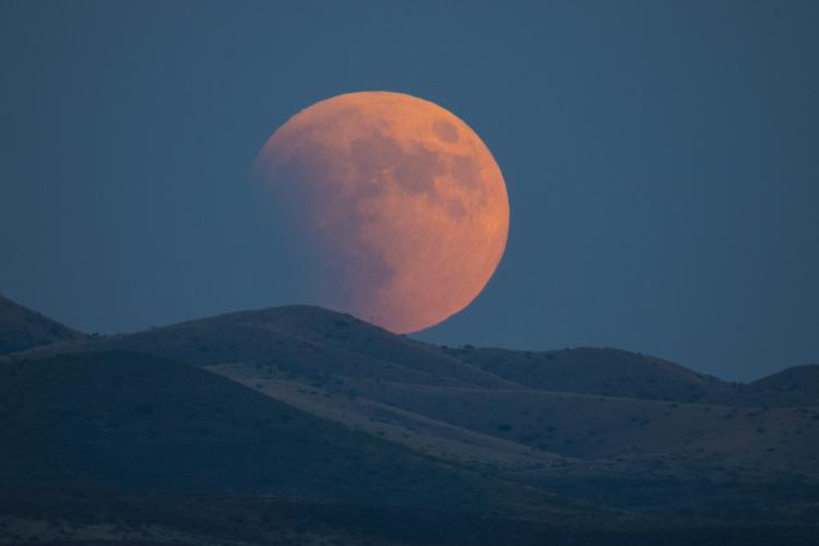 Ảnh Blood Moon