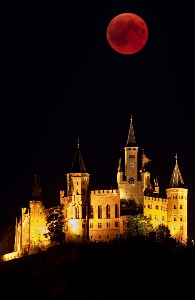 Ảnh trăng máu cực đẹp