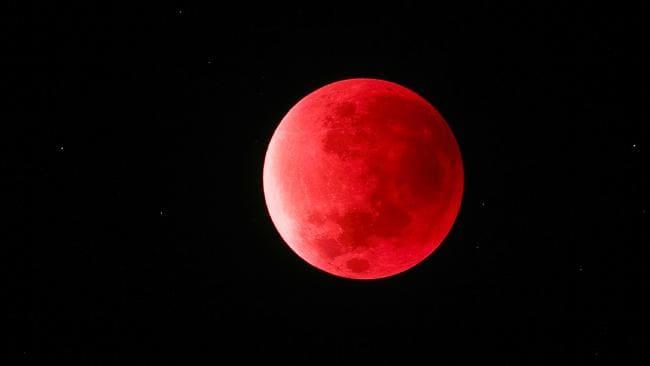 Hình ảnh đẹp của trăng máu