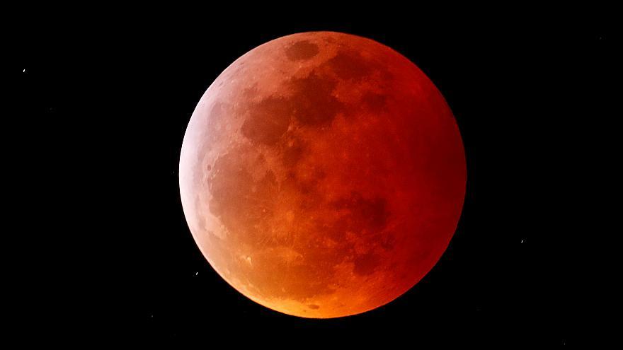 Hình ảnh trăng máu cực đẹp