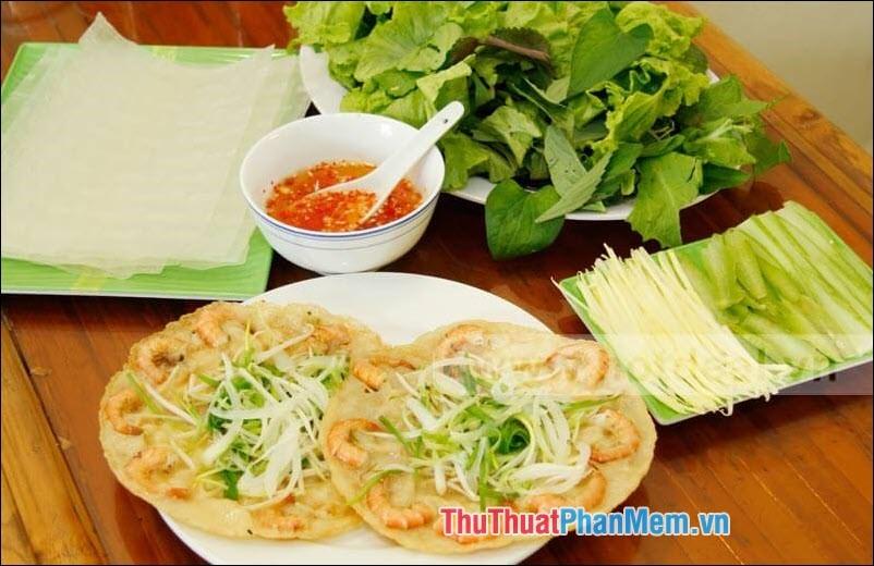 Bánh xèo tôm Việt Nam