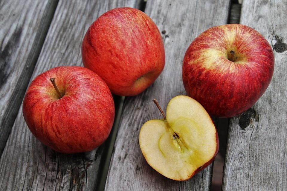 Hình ảnh đẹp của quả táo