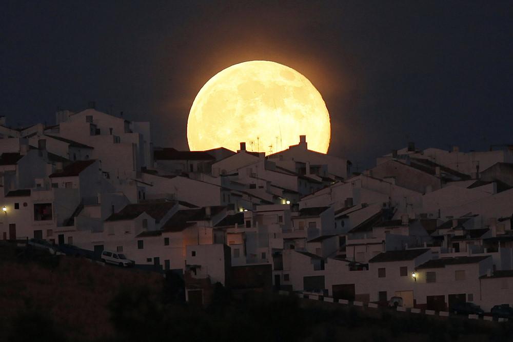 Hình ảnh đẹp về mặt trăng