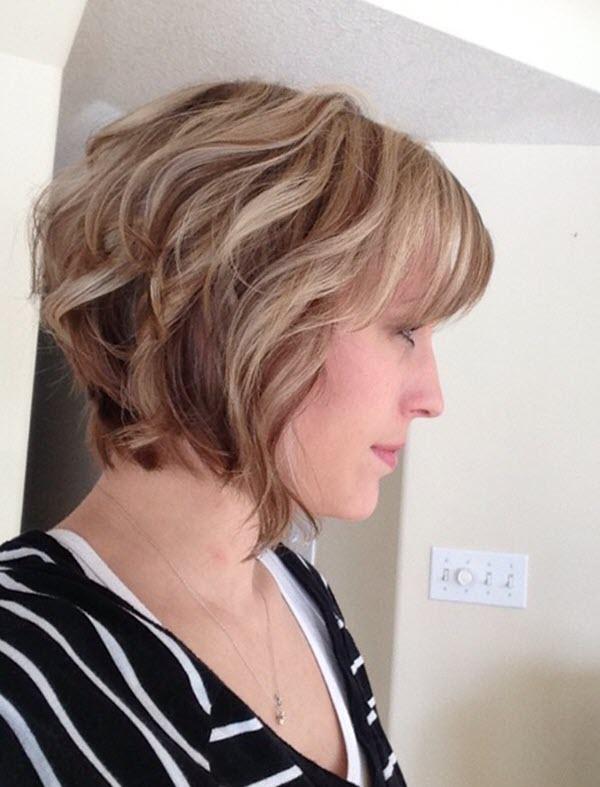 Kiểu tóc bob xoăn ngắn