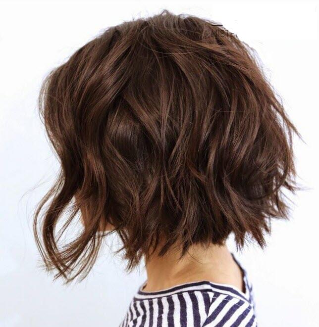 Kiểu tóc bob xoăn nhẹ