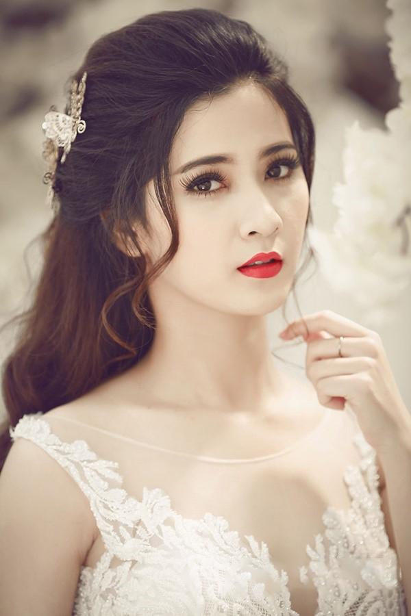 Kiểu tóc cô dâu phong cách châu Âu đẹp nhất trong ngày cưới