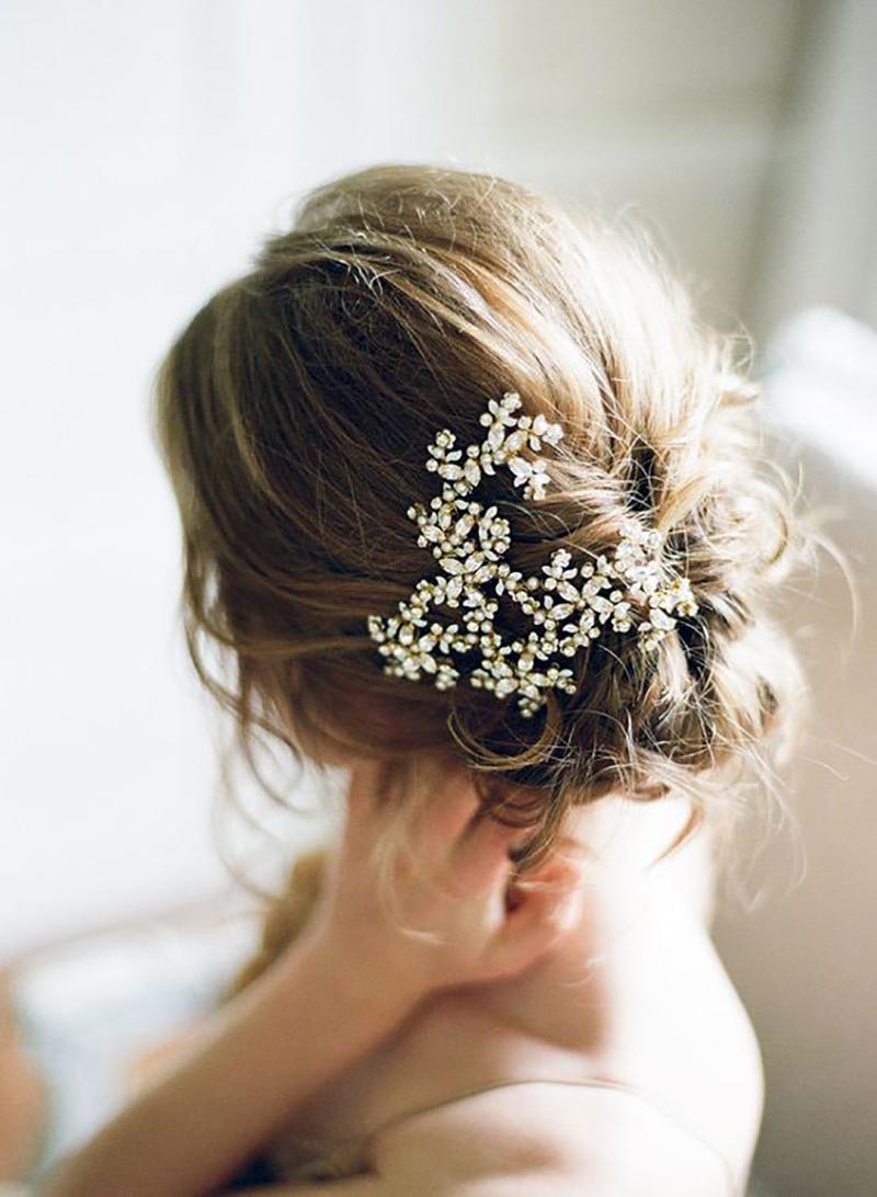 Kiểu tóc cô dâu phong cách cổ điển đẹp nhất