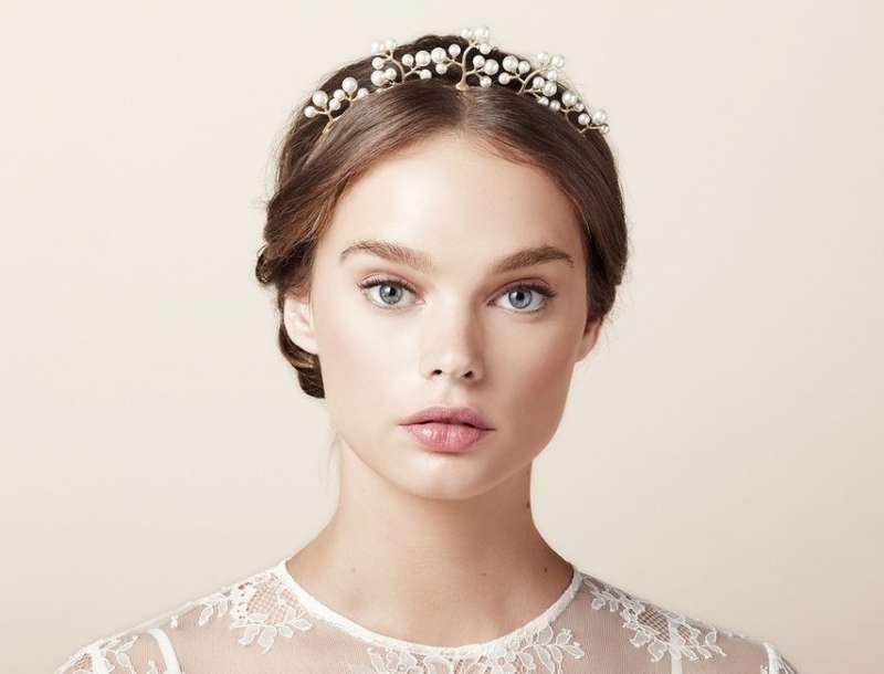 Kiểu tóc cô dâu sạng trọn