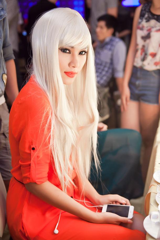 Kiểu tóc dài bạch kim đẹp