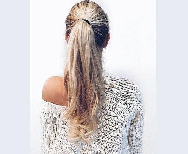 Kiểu tóc dài xoăn đuôi nhẹ đẹp