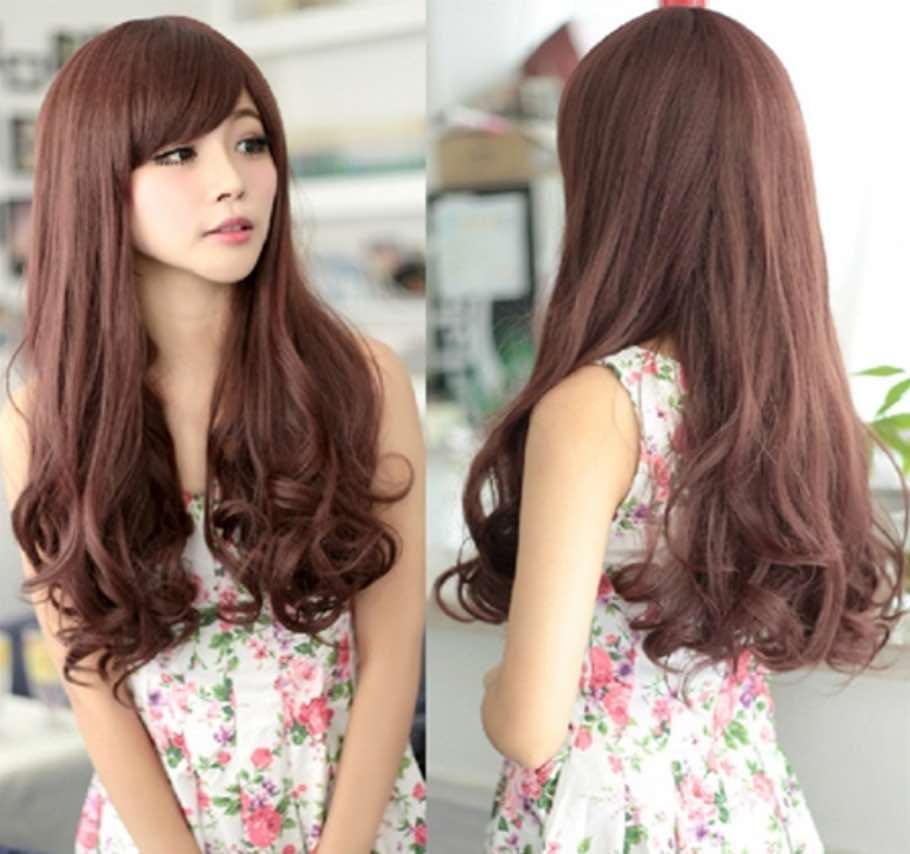 Kiểu tóc xoăn đuôi nhẹ