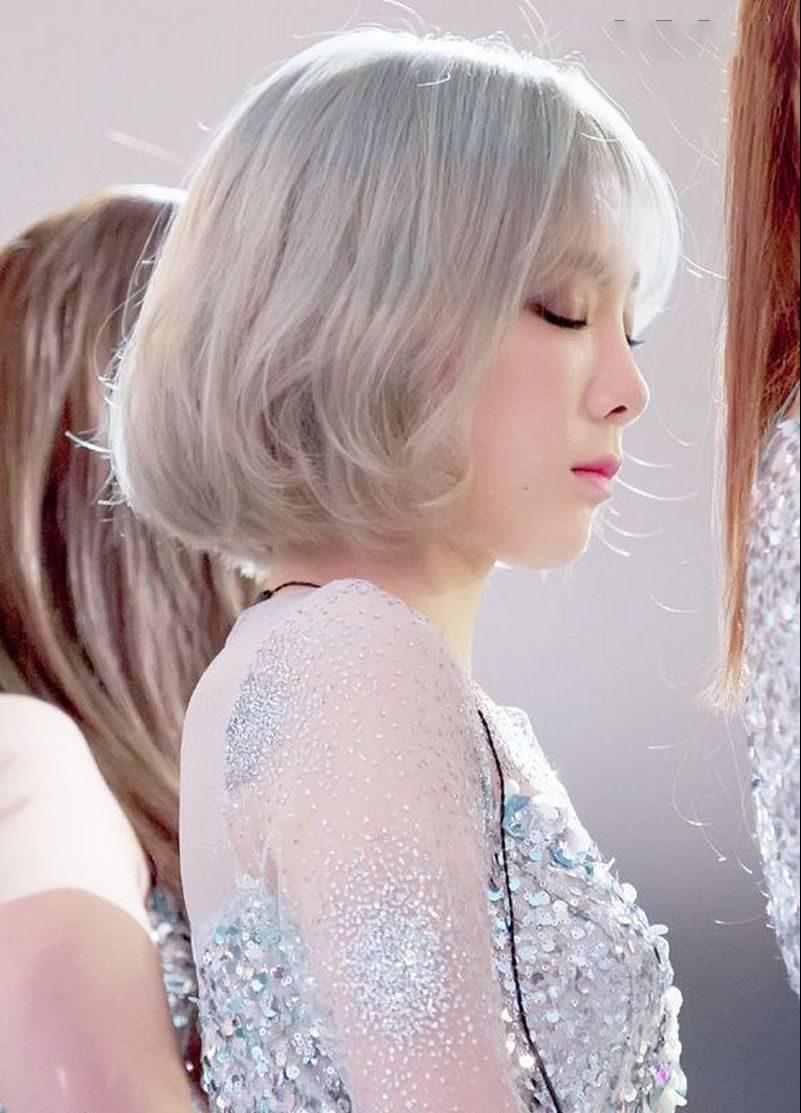 Mẫu tóc bạch kim theo phong cách hàn quốc