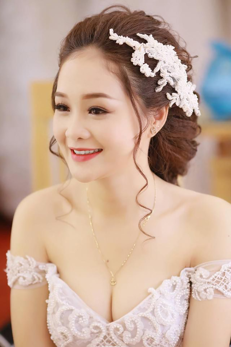 Tóc cô dâu không mái