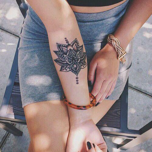 Hình xăm hoa văn trên cánh tay đẹp nhất