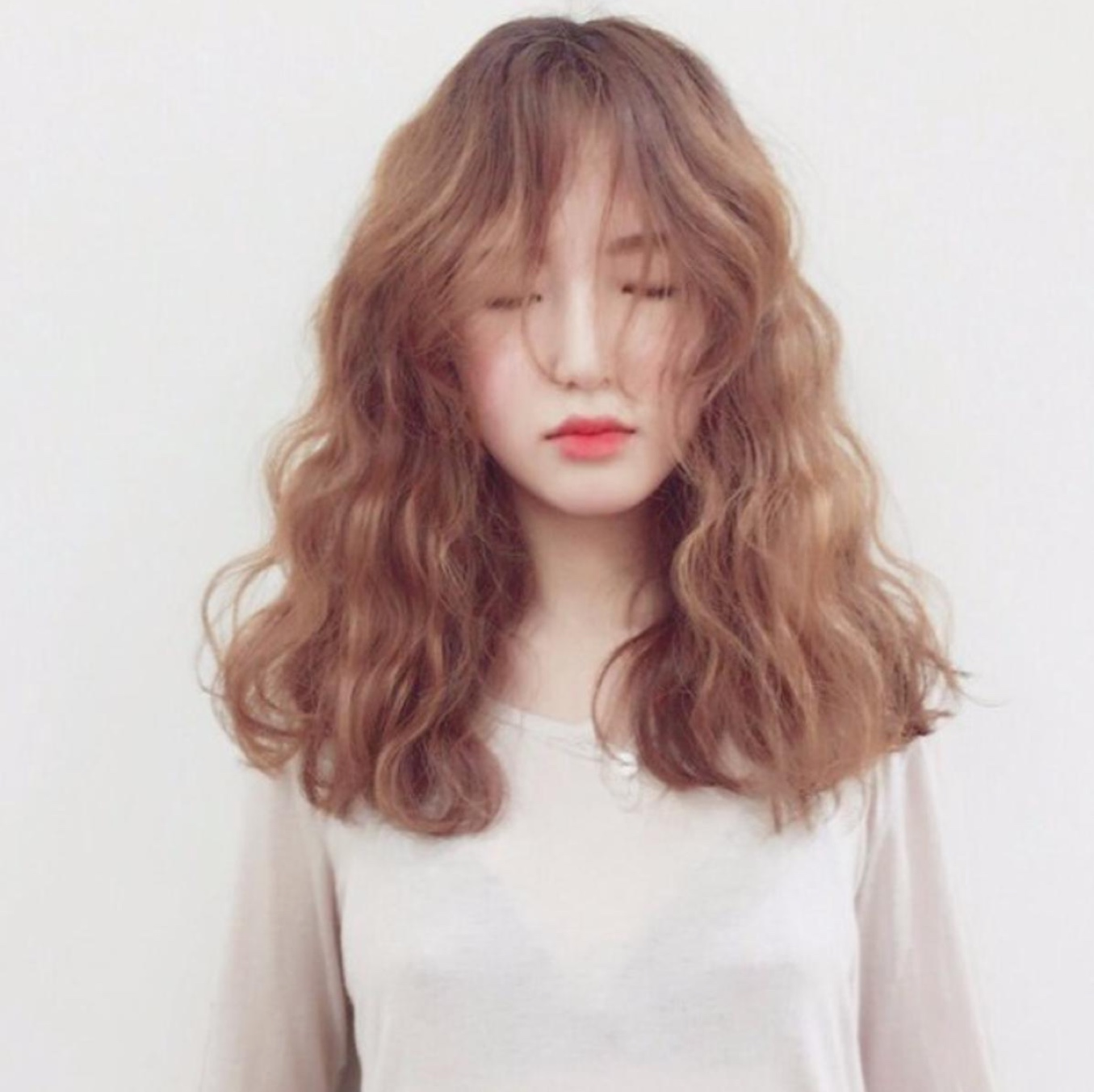 Kiểu tóc dài có mái