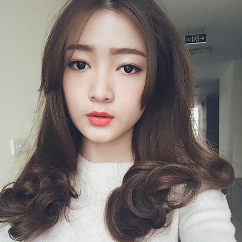 Kiểu tóc ngang lưng không mái