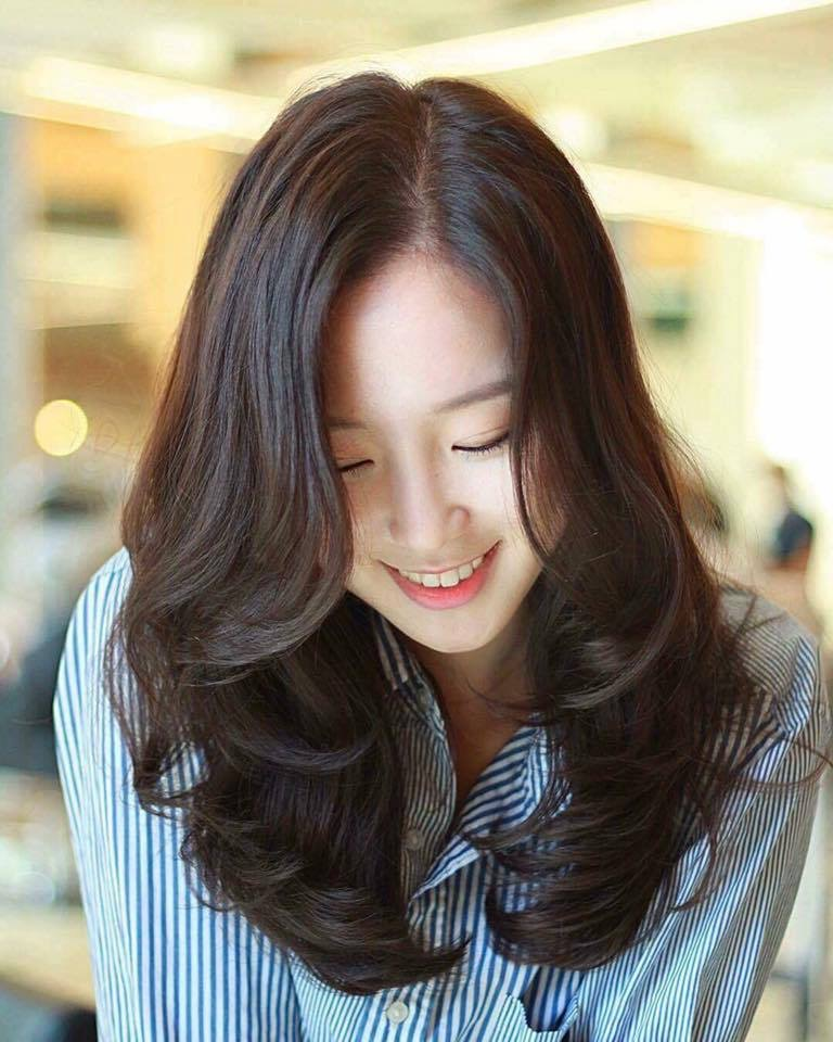 Kiểu tóc uốn gợn sóng bồng bềnh đẹp nhất