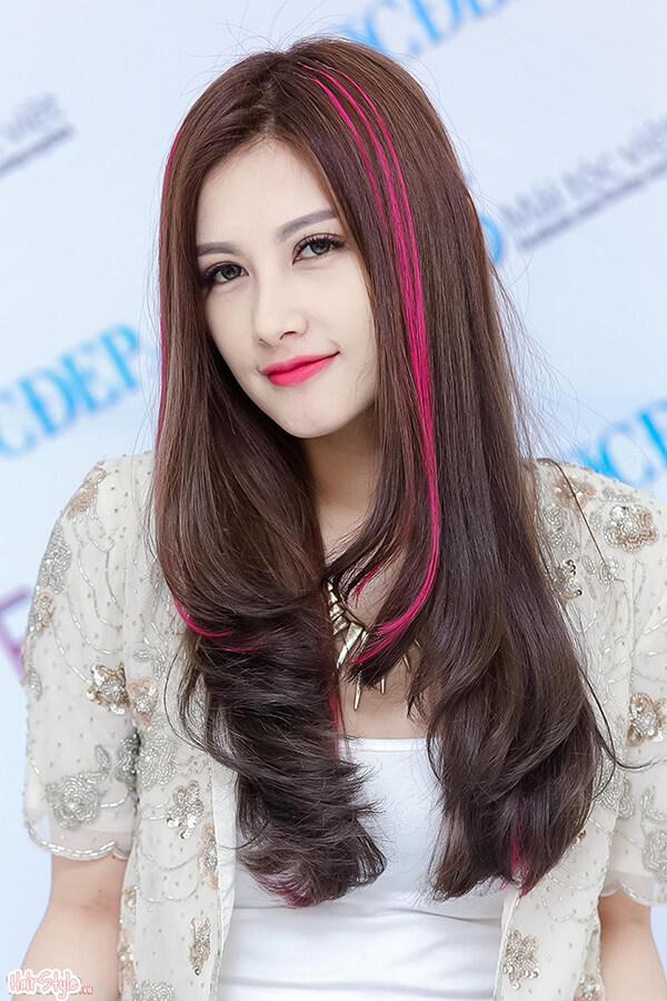 Tóc dài uốn gợn sóng