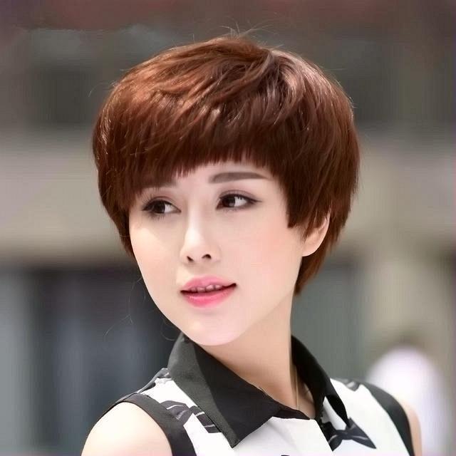 Các kiểu tóc tém nữ tính