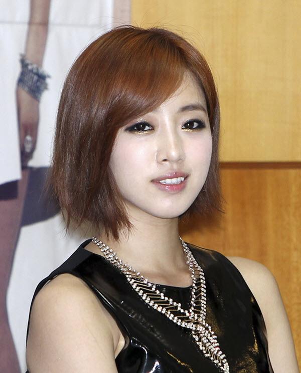 Kiểu tóc ngắn nữ Hàn Quốc
