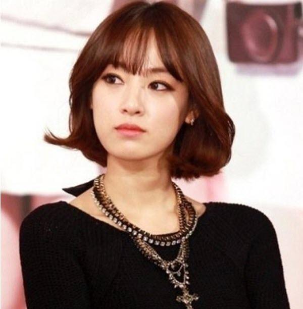 Kiểu tóc ngắn xoăn nhẹ Hàn Quốc