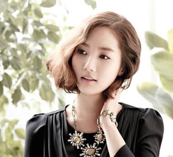Tóc ngắn uốn kiểu Hàn Quốc