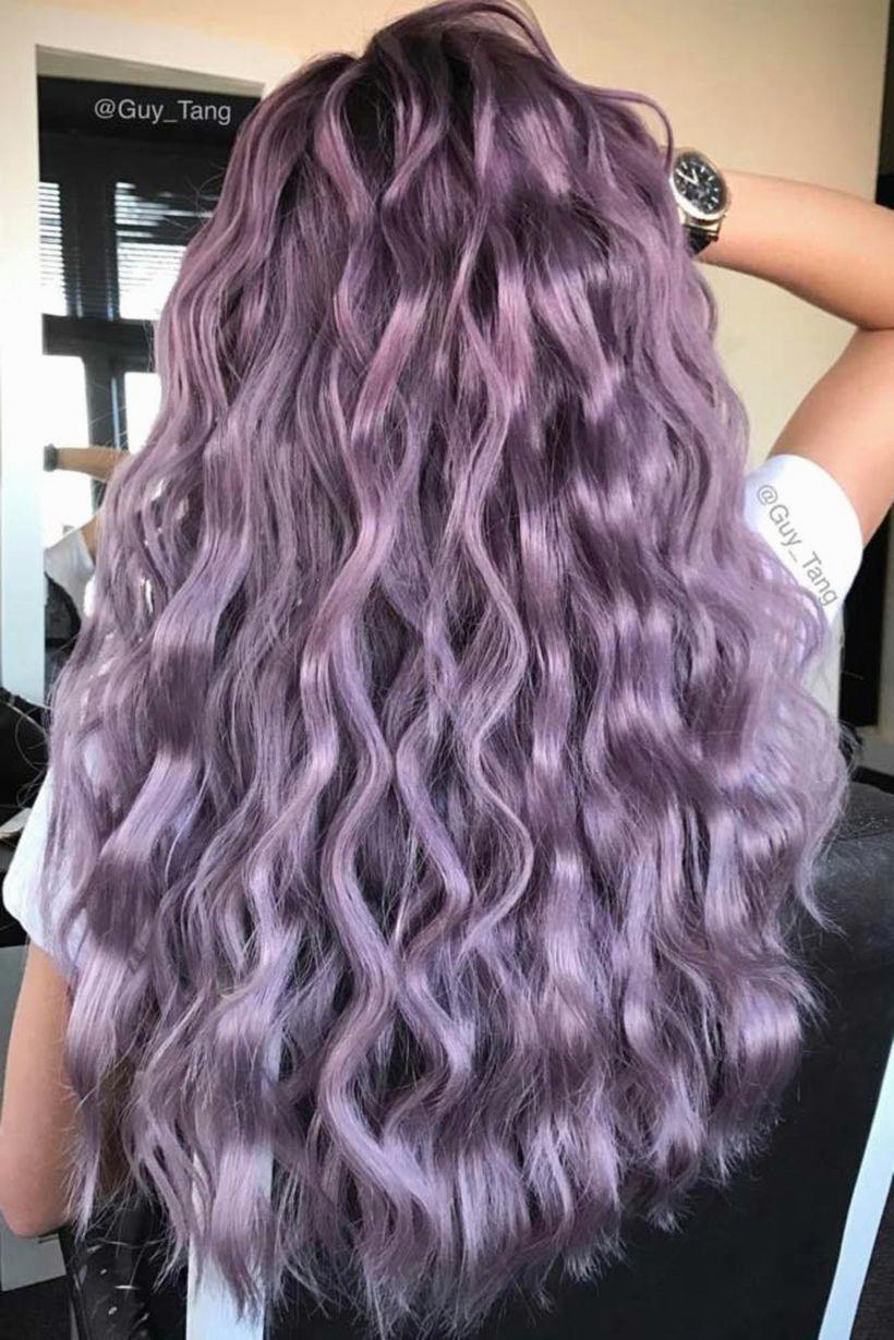 Màu tóc xoăn ánh tím bạc đẹp