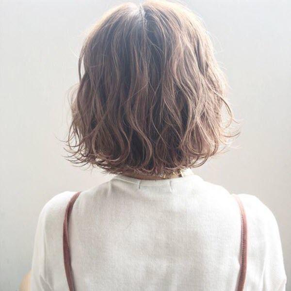 Tóc ngắn xoăn sóng nhẹ đẹp nhất