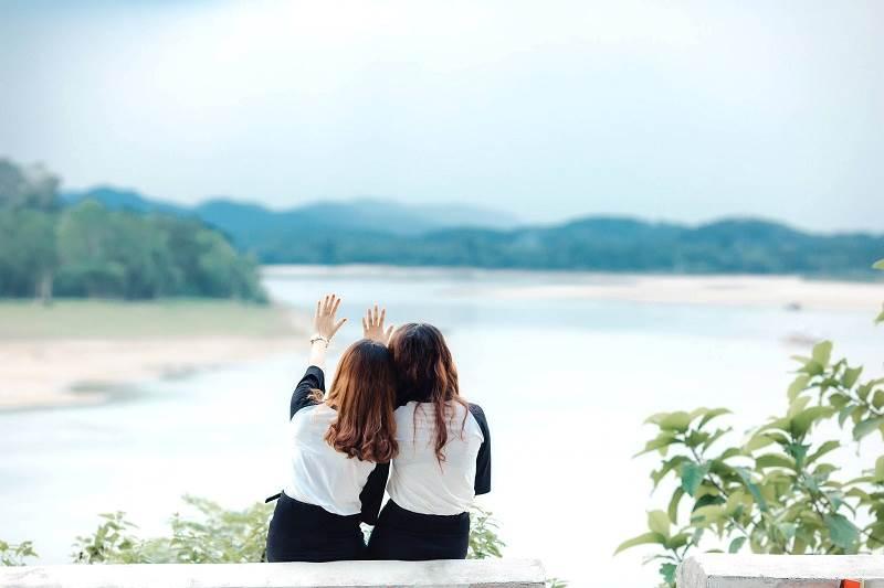 Hình ảnh đẹp và dễ thương về đôi bạn thân