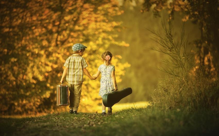 Hình ảnh tình bạn đẹp và hạnh phúc