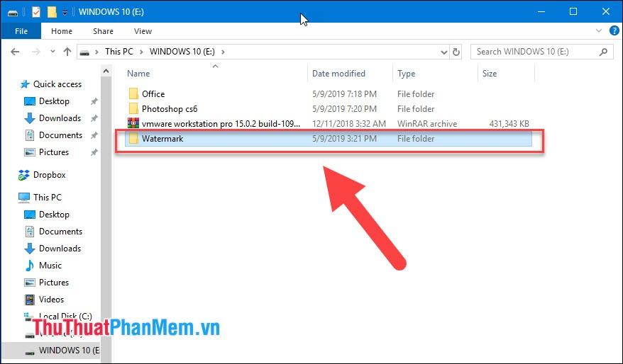 Những tệp tin bị ẩn đi trên USB